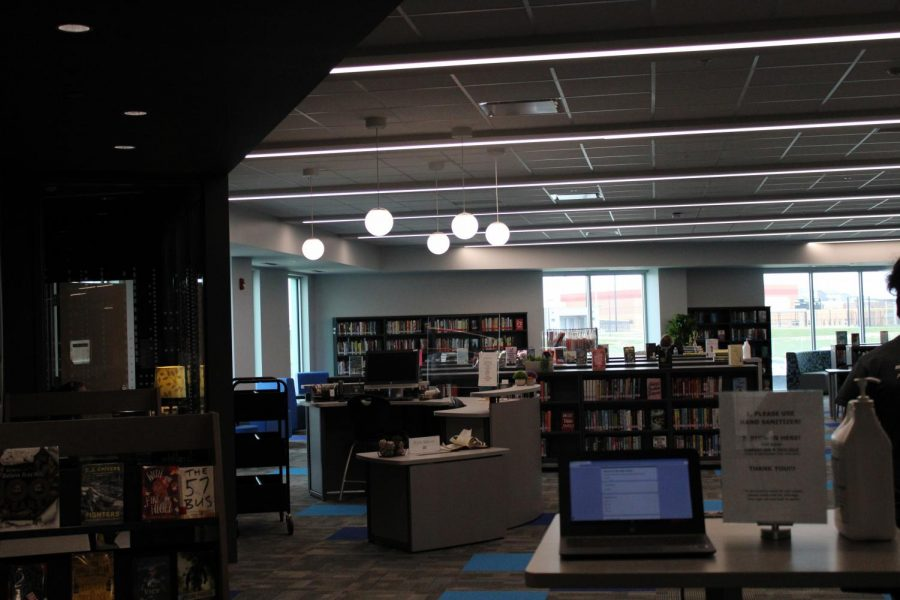 Media center open for studnets.