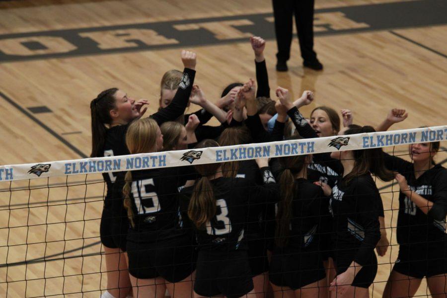 Photo Series: Varsity Volleyball vs. Elkhorn High