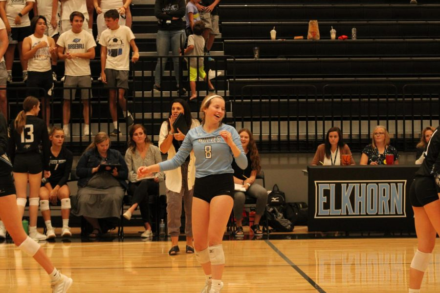 Haylee Wolf after they won a point.
